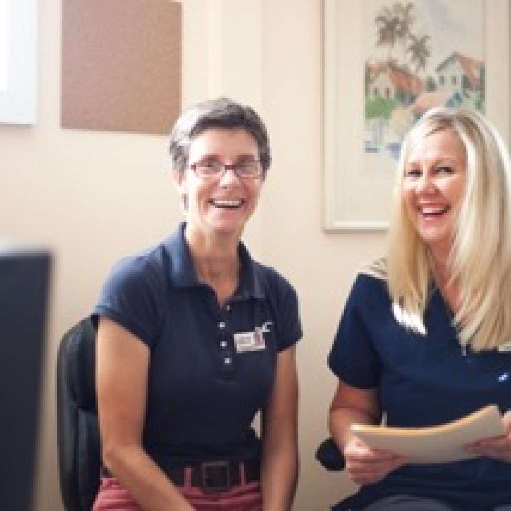Nathalie and Lisa, members of our therapy team